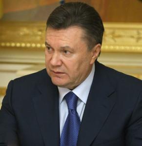Erhält Janukowitsch bei Stronach eine zweite Chance?