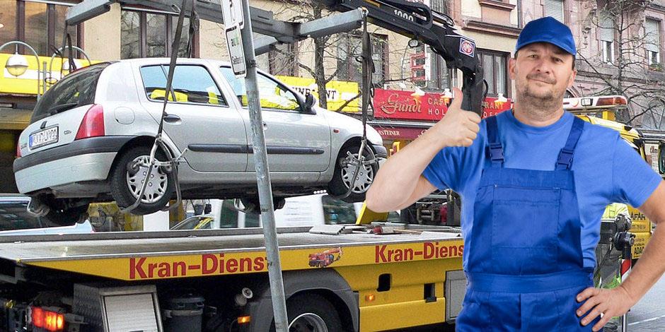 Frauenheld mit Abschleppwagen