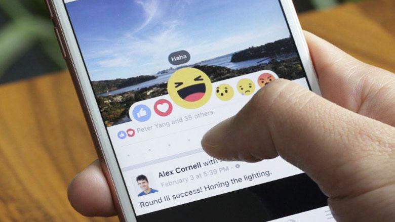 """""""Gab keine Nachfrage"""": Facebook löscht lachendes Emoji für Nutzer aus Österreich"""