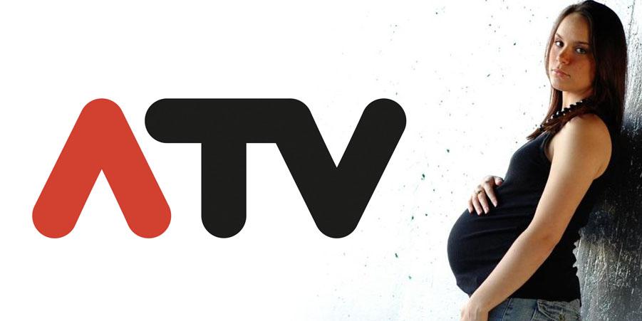 ATV-Logo und schwangerer Teenager