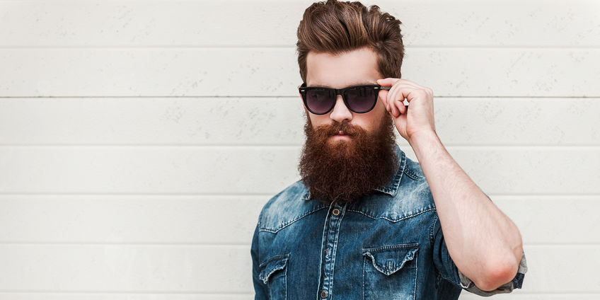 Hipster mit Vollbart