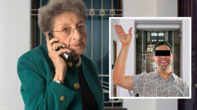 Ältere Frau telefoniert besorgt