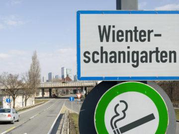 """Ortsschild mit der Aufschrift """"Wienterschanigarten"""""""