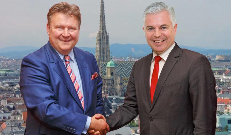 Michael Ludwig schüttelt Hand von Alexander Gaisch