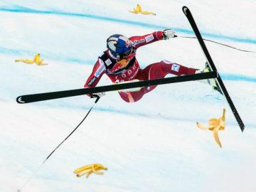 Skifahrer stürzt über Bananenschale