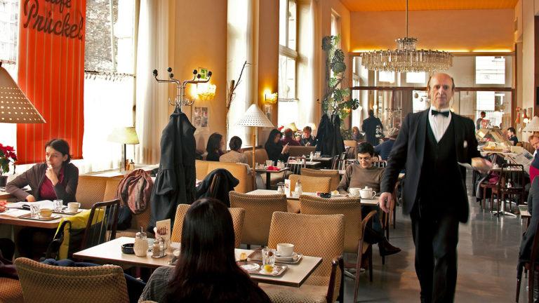 Szene in Wiener Café
