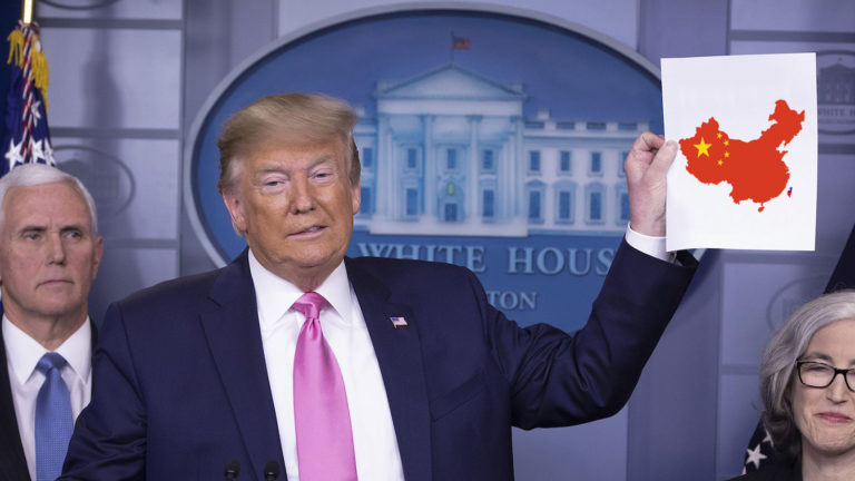 Trump bei Pressekonferenz