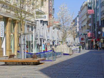 Menschenleere Kärntner Straße