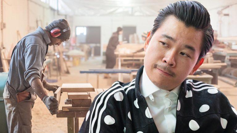 Martin Ho in einer Werkstatt