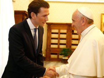 Kurz begrüßt den Papst