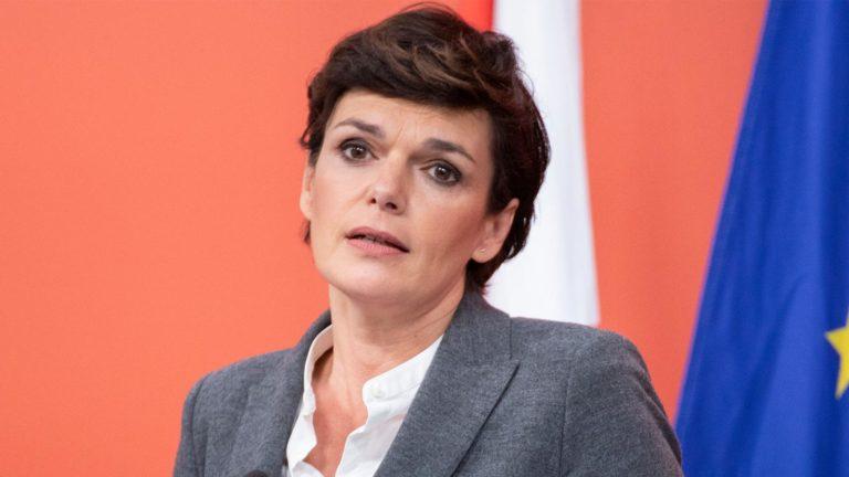 Rendi-Wagner schaut enttäuscht
