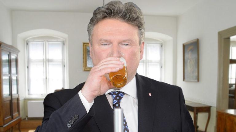 Ludwig trinkt Bier