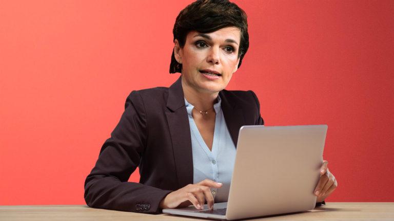 Rendi-Wagner genervt vor Laptop