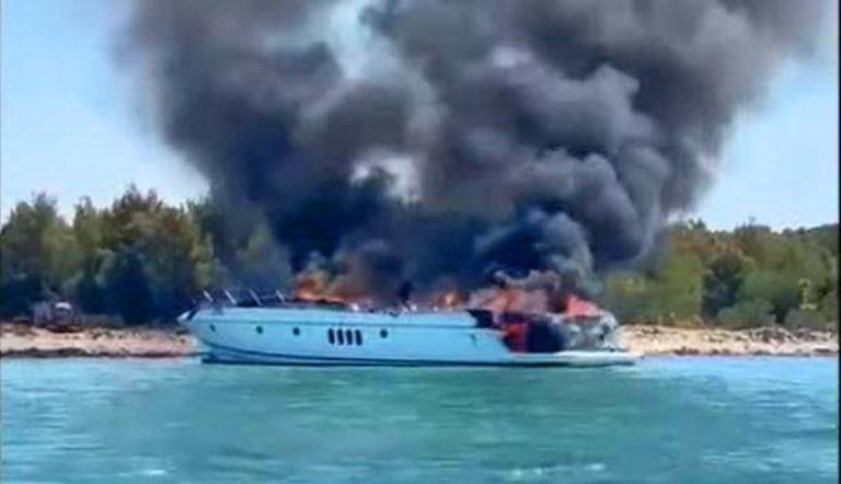 Brennende Jacht